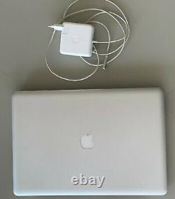 Apple Macbook Pro 17 Mid-2010 2.53 Ghz Intel Core I5 500gb SATA Be