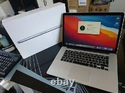 Apple MACBOOK PRO Rétina 15 Pouces Mi 2015 intel core i7 2,2 Ghz 16 Go Ram SSD