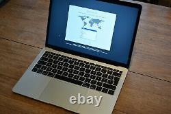 Apple MacBook Air 13,3 128 Go SSD, Intel Core i5 8ème Génération, 1,6 GHz
