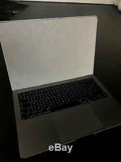 Apple MacBook Air 13.3 (256GB SSD, Intel Core i5 8th Gen, 3.60 GHz, 8GB)
