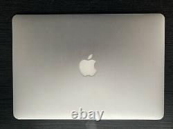 Apple MacBook Air 13 (Intel Core i7, 2,20GHz, 256Go SSD, 8Go RAM)