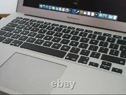 Apple MacBook Air 2017 (128Go SSD, Intel Core i5 5ème Génération, 1,8 GHz, 8Go)