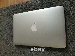 Apple MacBook Air Intel Core i5 1.4GHz 4 Go RAM 128 Go SSD 11.6 2014 Gris