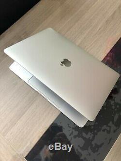 Apple MacBook Pro 13 2016 Intel Core i5 2 GHz, 8 GB RAM, 256 GB SSD