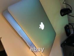 Apple MacBook Pro 13,3 (128Go SSD, Intel Core i5 5e Génération, 2,7GHz, 8Go)