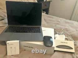 Apple MacBook Pro 13.3 128 GB SSD, Intel Core i5 8th Gen, 3.90 GHz, 8GB