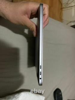 Apple MacBook Pro 13.3 (128 GB SSD, Intel Core i5 8th Gen, 3.90 GHz, 8GB)