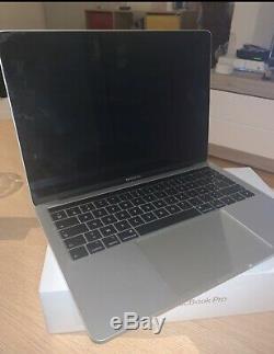 Apple MacBook Pro 13,3 (256Go SSD, Intel Core i5 8ème Gén, 3,90 GHz, 8Go)