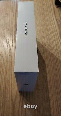 Apple MacBook Pro 13,3 512 Go SSD Intel Core i5 8ème Gén. 2,40 GHz 8Go