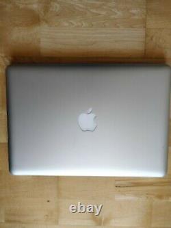 Apple MacBook Pro 13,3 Disque dur SSD 240Go Intel Core i5, 2,5 GHz 8Go RAM