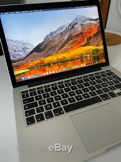 Apple MacBook Pro 13,3 Intel Core i5 2,70 GHz, 256 Go SSD, 8 Go RAM (2015)