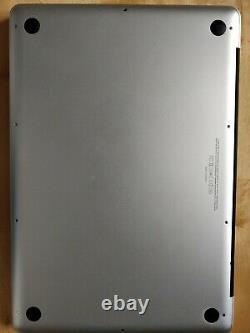 Apple MacBook Pro 15 Disque dur SSD 256Go Intel Core i7, 2,2 GHz 8Go RAM