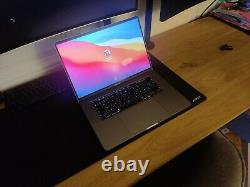Apple MacBook Pro 16 (512Go SSD, Intel Core i7 9ème Gén, 2,60 GHz, 16Go)