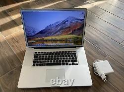 Apple Macbook Pro 17 Intel Core i7 2,4GHz 6Go 1000Go Ecran Mat Reconditionné