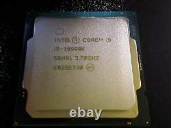 Intel Core i9-10900K OEM Processeur (5,3 GHz, 10 Curs, Socket LGA1200,)