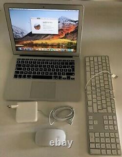 MacBook Air 13.3 (Intel Core i7 2,2 GHz, 251Gb, 8 Go RAM) AZERTY 2017 A1466