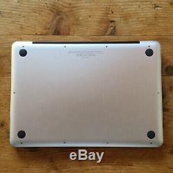 MacBook Pro 13 2,4 GHz Intel Core i5 8 Go SSD 250 + DD 500